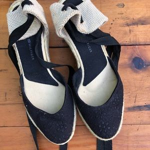 Tommy Hilfiger 3' heels